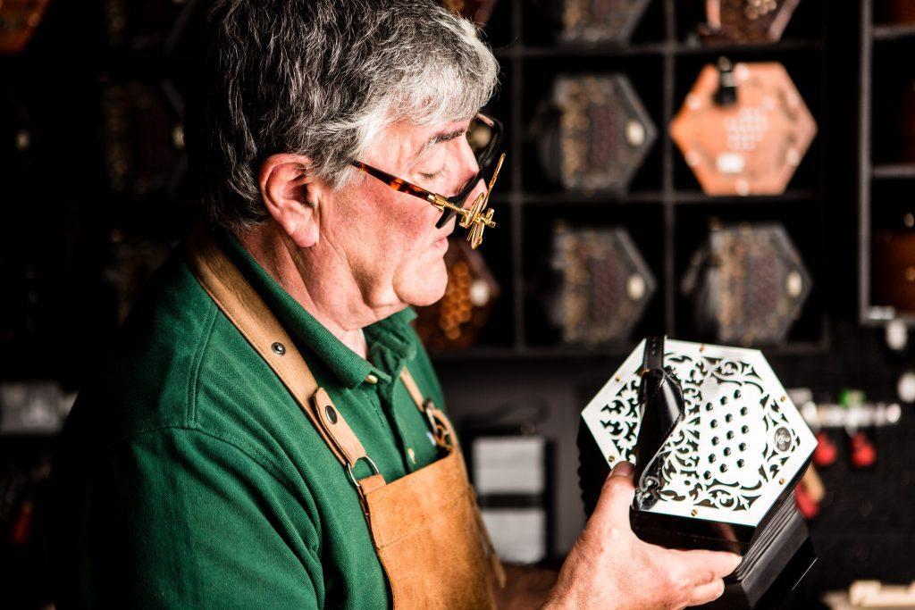 McNeela - the best Irish concertina