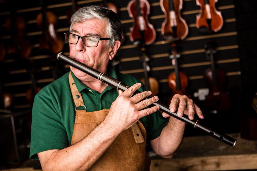 Paraic McNeela Irish flute maker plays his best Irish flute