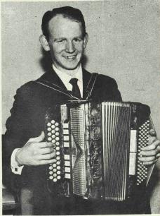 Finbarr Dwyer a legend of the Irish B/C accordion