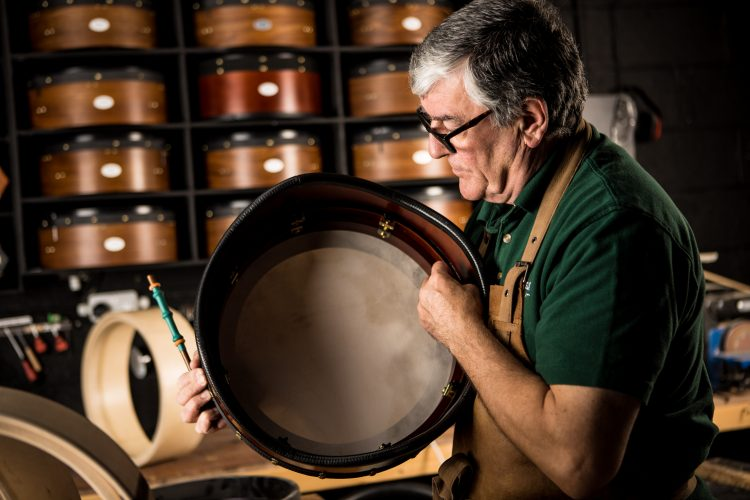 Paraic McNeela Irish bodhran - tuner and crossbar
