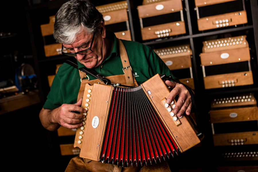 The All New McNeela Accordion Buyer's Guide